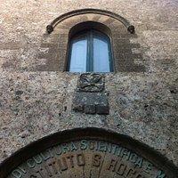 Particolare architettonico della facciata ......
