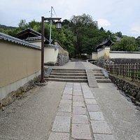 大仏殿裏の参道2