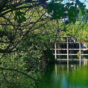 Il lago con i resti della snia viscosa