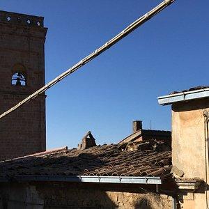 Il campanile dalla finestra della nostra stanza al B&B