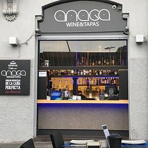 Entrée et bar du Anaga 5