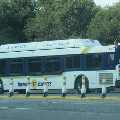 Highway 17 Express, Santa Cruz Metro