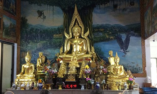 The principal Lord Buddha image in the temple