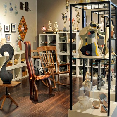 Florida CraftArt gallery features ceramics, wood, jewelry and more.