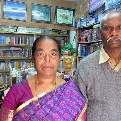 kind elder shop owners