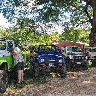 4x4 Trippin Offroad adventure tours (COSTA RICA)