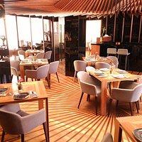 En La Sole maridamos la luz del sol del casco histórico de málaga con una cuidada gastronomía