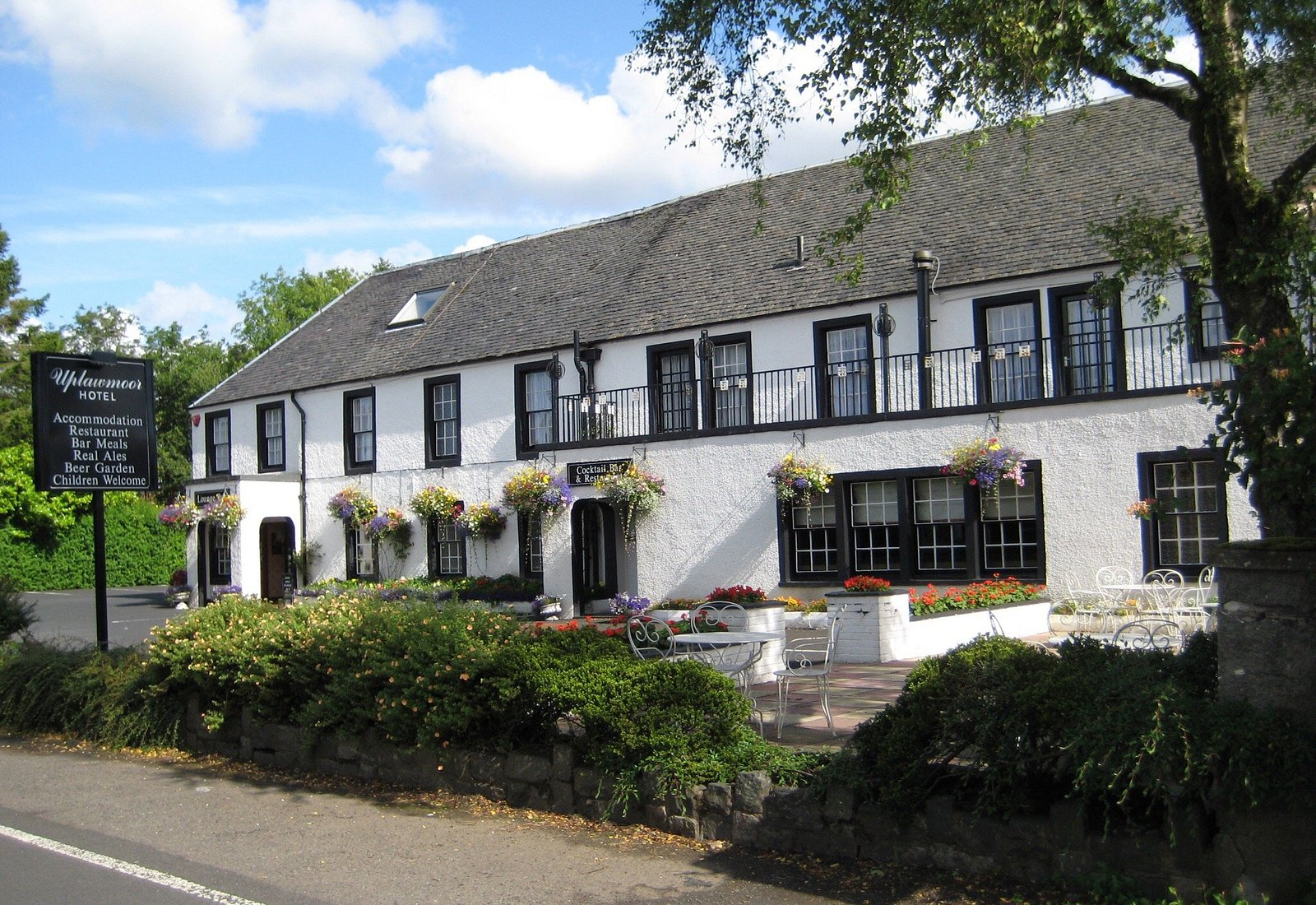 What a wonderful and charming home away from home @ the Uplawmoor Hotel-a true food destination