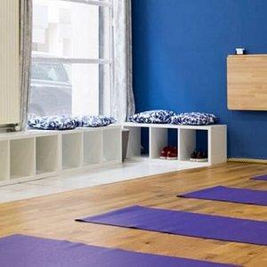 Small Yoga Pilates : Studio de Yoga à Lyon 2 - Rue Francklin