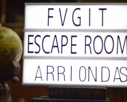 FUGIT ESCAPE ROOM EXPERIENCE. Ven a Arriondas y pasa una experiencia de escape real diferente.