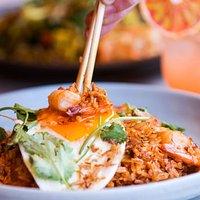 Nasi goreng fried rice w. chilli sambal, egg, chicken & prawns