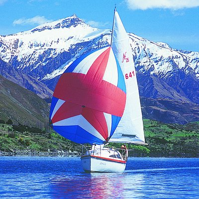 Sailing into a postcard on Lake Wanaka, New Zealand