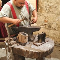 The carpenter (also metalworking...)