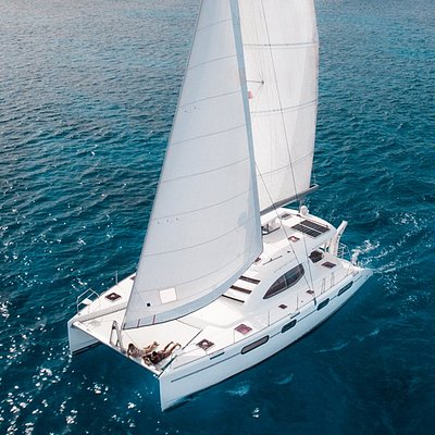 The Mana Cruises Catamaran Yacht
