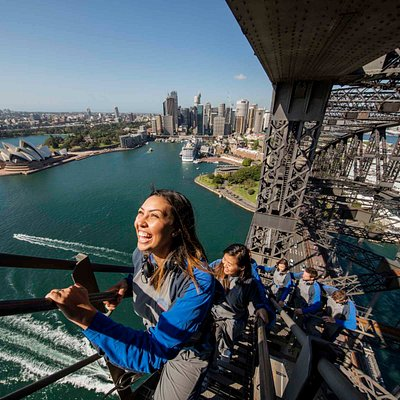 Marvel at the magnificent structure on the BridgeClimb Express