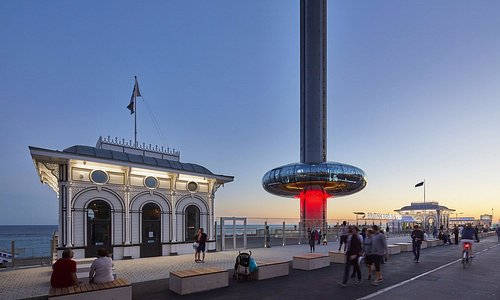 British Airways i360 at sunset - Photo by Paul Raftery (@paulrafphoto)