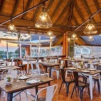 Terraza Restaurante La Brasería en hotel Royal Hideaway Sancti Petri