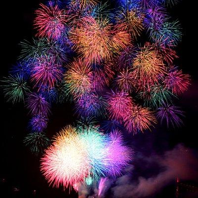 もの凄く広がった大きな花火でした