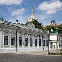 Фасад усадьбы Фёдора Шаляпина