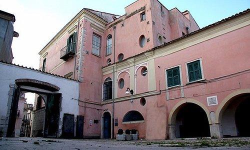 Palazzo Rapolla - La sede di Porta Coeli International Art Gallery