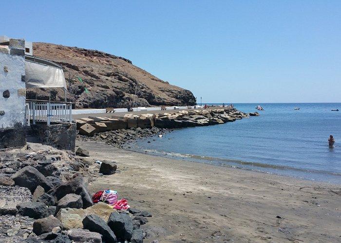 Vista de la playa y el muelle