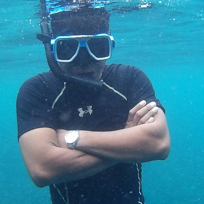 Saiful Apek snorkeling instructor. one of the best instructor who has 16 years experience in KK.