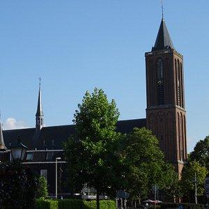 -BUSSUM;Rijksmonument voormalige Sint-Vituskerk uit 1894-