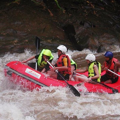 Whitewater Rafting on Mae Teang River, level 3+-4+ with world class safety standard