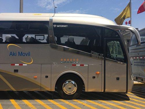 Bus Turistico y ejecutivo ideal para paseos turísticos o eventos corporativos en Peru.