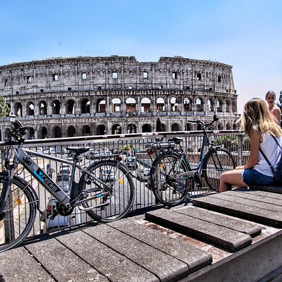 Easy Bike Rent bicycles at the Colloseum