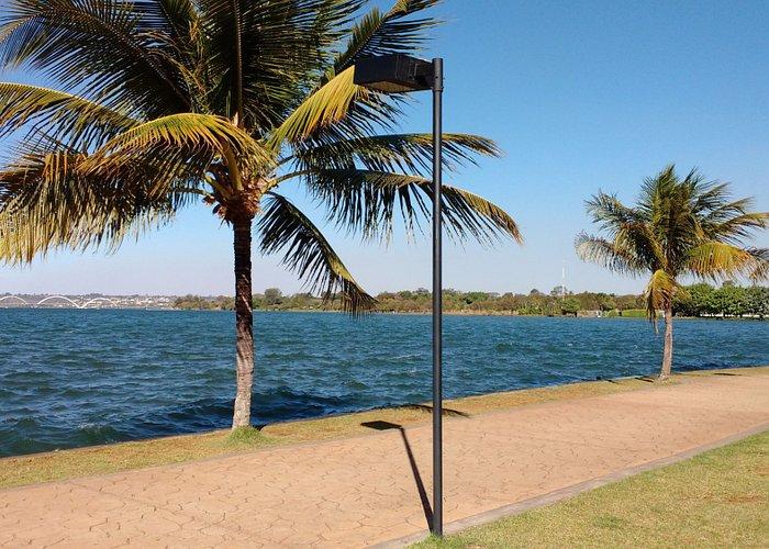 Vista do Pontão do Lago Sul.