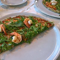 seafood pizza with gluten free hemp dough