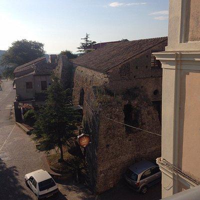 Angolo Castello Caracciolo visto dall'alto