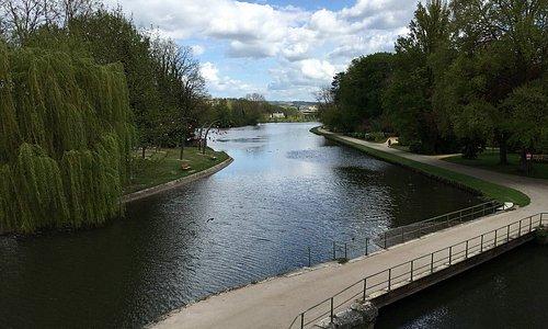 """Parc de l'Arbre Sec AUXERRE """" Bord de l'Yonne chemin de halage """""""