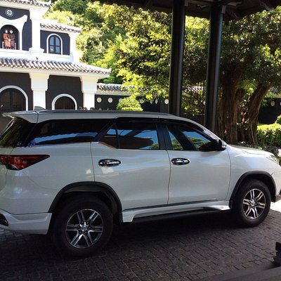 Luxury SUV transfer from Intercontinental Resort Danang to Hue city