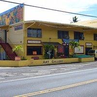 Sunshine Arts Gallery on the Windward coast of Oahu