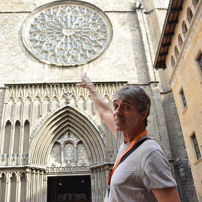 ToursByLocals guide Francesc in Barcelona