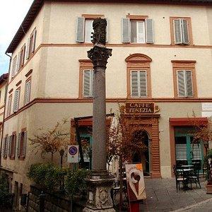 Colonna e piazzetta
