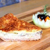 Vegetarian & Turkey Ham Quiche