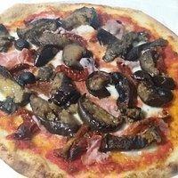 Antonio la Pizza