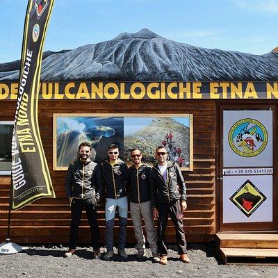 Sede Guide Vulcanologiche Etna Nord :Via Provenzana, 35 Ufficio Guide Vulcanologiche Etna Nord 9