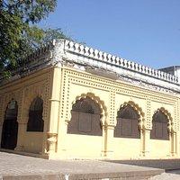 former tomb of aurangzeb