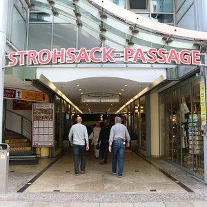 Leipzig - Strohsack Passage 1