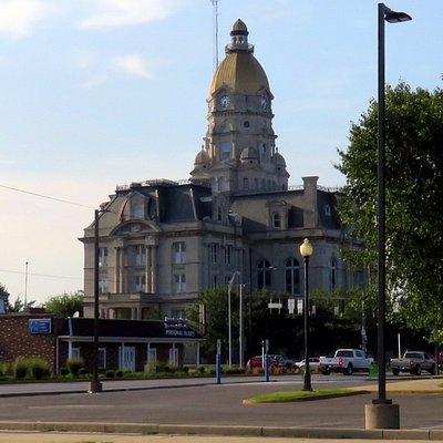 a view of the Vigo County Courthouse