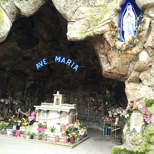 Onze-Lieve-Vrouw van Lourdesgrot
