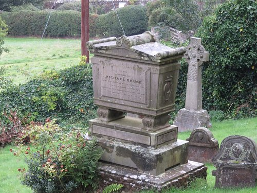casket gravestone