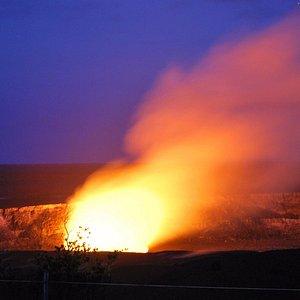 The amazing evening glow of Halema'uma'u Crater!