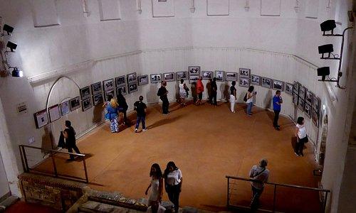 Exposition de photos lors du festival de photojournalisme