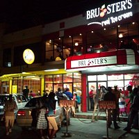 Bruster's downtown Georgetown at night