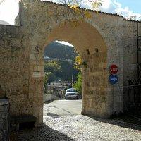 Accesso dell'antico castello